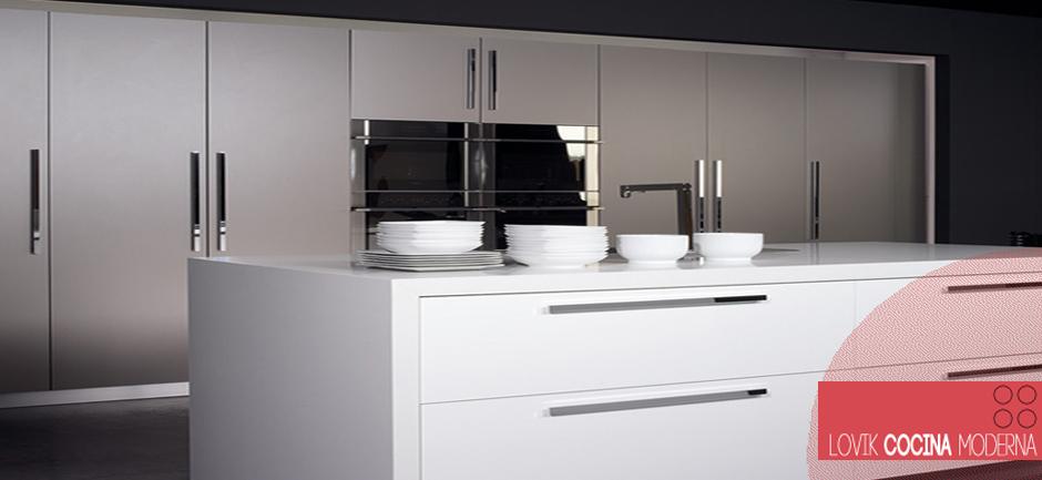 Lovik cocina moderna muebles de cocina en madrid for Muebles de cocina espana